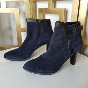 Aquatalia Blue Black Suede Booties Boots 8.5 Heel